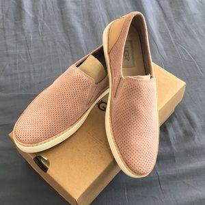 NIB sz 6.5 leather rose pink UGG loafers $100!